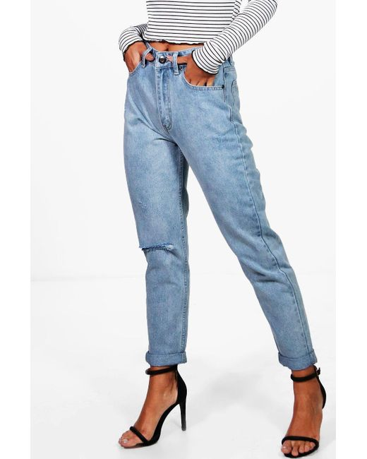 lyst boohoo molly light wash rip high waist mom jeans in. Black Bedroom Furniture Sets. Home Design Ideas