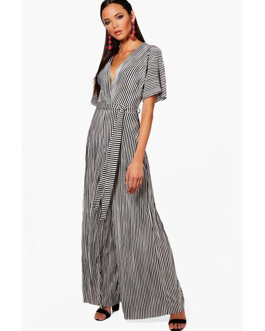 Boohoo - Black Maya Plunge Crinkle Stripe Culotte Jumpsuit - Lyst