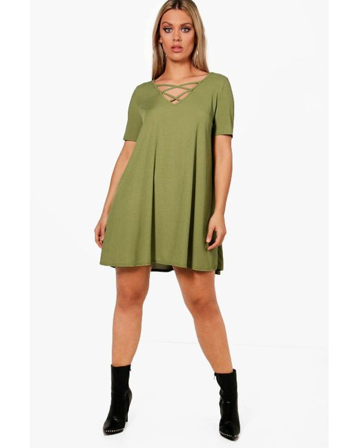 305cb78ed26fe Boohoo - Green Plus Rib Cross Front Swing Dress - Lyst ...