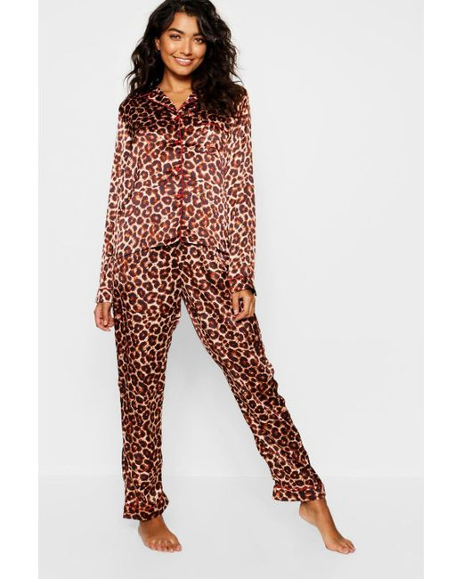 80834dc753 Boohoo - Brown Leopard Satin Contrast Button Down Pj Set - Lyst ...