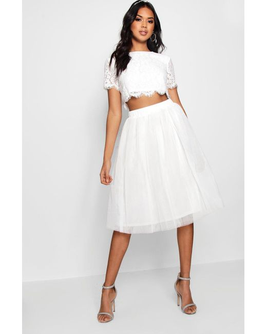 d25e89f7c69 Boohoo - White Woven Lace Top & Contrast Midi Skirt Co-ord - Lyst ...
