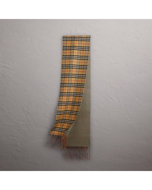 Burberry - Reversible Vintage Check Cashmere Scarf In Chalk Green | - Lyst