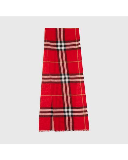 Burberry - Red Écharpe légère en laine et soie à motif check - Lyst ... c55cc20cef2
