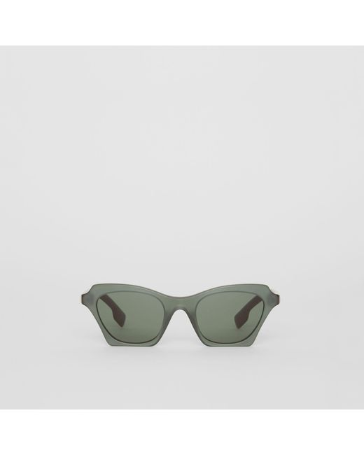 ed04bee5074 Burberry - Green Butterfly Frame Sunglasses - Lyst ...