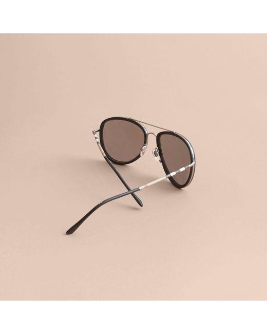 ... Burberry - Black Lunettes de soleil aviateur avec motif check for Men -  Lyst 4d83e2e23c56