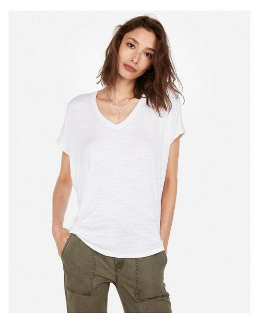e9537f41 Lyst - Express One Eleven Soft Knit V-neck London Tee in White