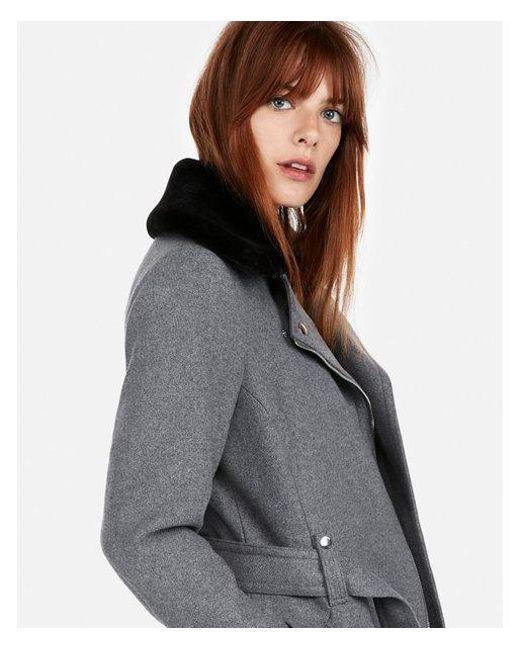 Express - Gray Short Faux Fur Collar Belted Wool-blend Coat - Lyst
