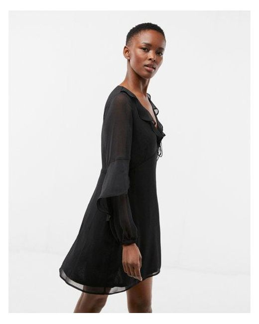 9d4388337549 Lyst - Express Ruffle Balloon Sleeve Fit And Flare Dress in Black