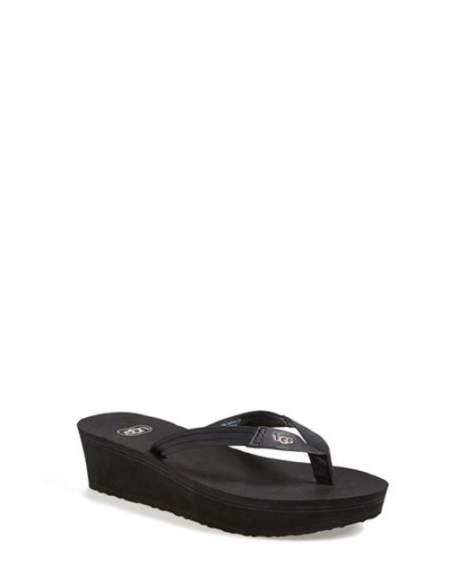 UGG | Black Ugg 'ruby' Wedge Thong Sandal | Lyst