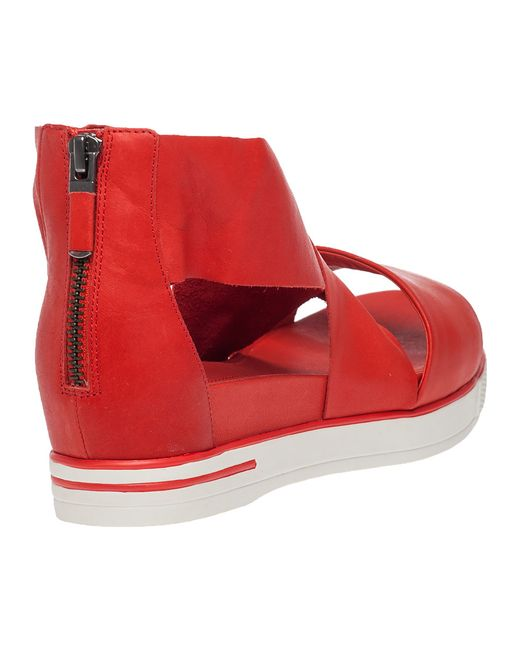 Eileen Fisher Sport Platform Sandals In Red Red Leather