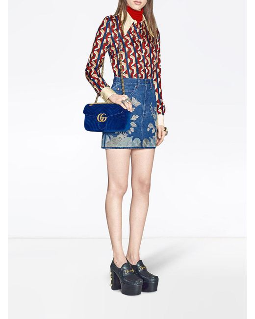 930a6ec119a7a3 Gucci GG Marmont Velvet Shoulder Bag in Blue - Save 33% - Lyst