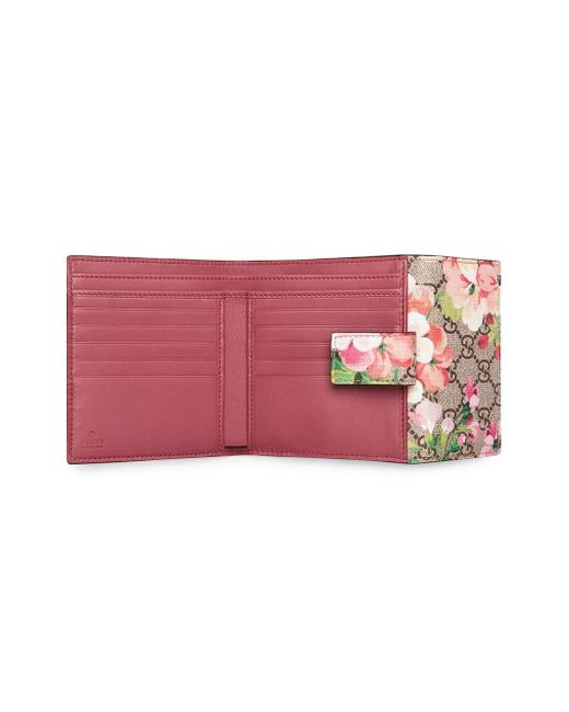 3269b58585d Gucci GG Blooms French Flap Wallet in Pink - Save 8% - Lyst