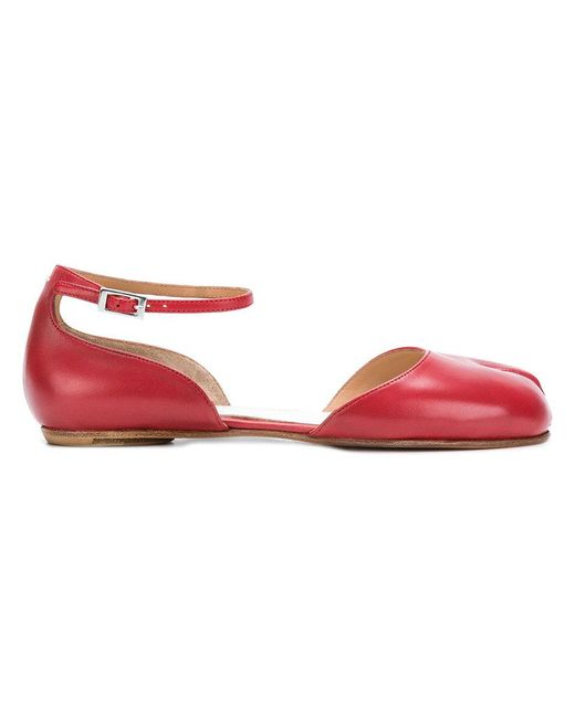 Maison Margiela - Red Ankle Strap Ballerina Tabi Shoes - Lyst