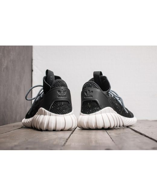 Cheap Adidas Tubular Triple Black Review & On Foot