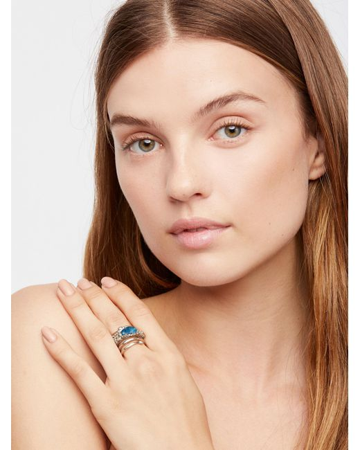 Free People | Metallic Twisted Raw Stones Ring | Lyst
