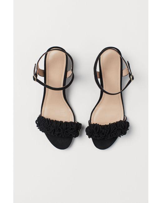 e05b80984 Lyst - H M Fringed Sandals in Black