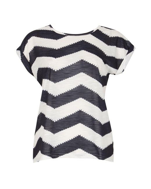 Izabel London - Blue Chevron Print T-shirt - Lyst