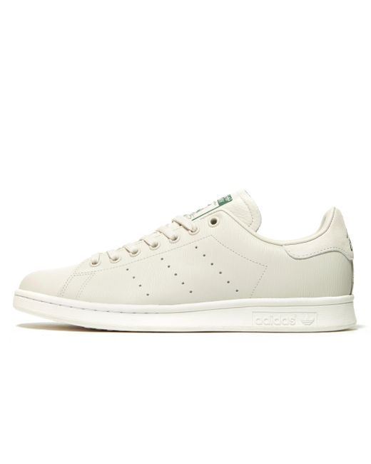 lyst adidas originali stan smith in bianco.