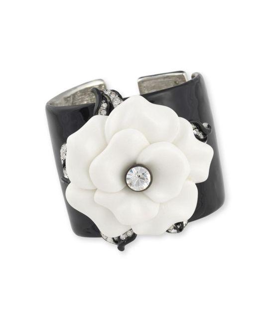 Kenneth Jay Lane | Black White Flower Cuff | Lyst