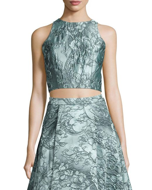 Alice + Olivia - Blue Sleeveless Floral Jacquard Crop Top - Lyst