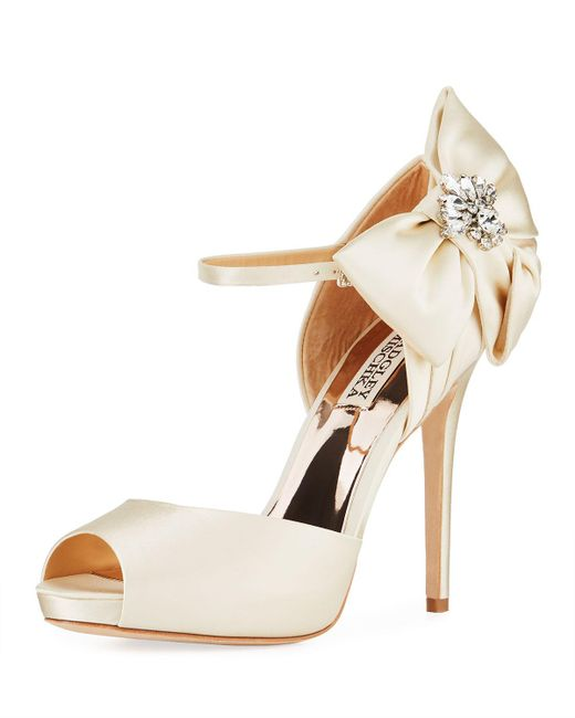 c3870966920 Badgley Mischka - Pink Samra Crystal Bow Sandals - Lyst ...