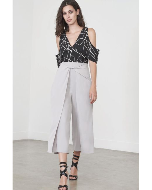 Lavish Alice | Gray Twisted Hakama Culottes In Dove Grey | Lyst
