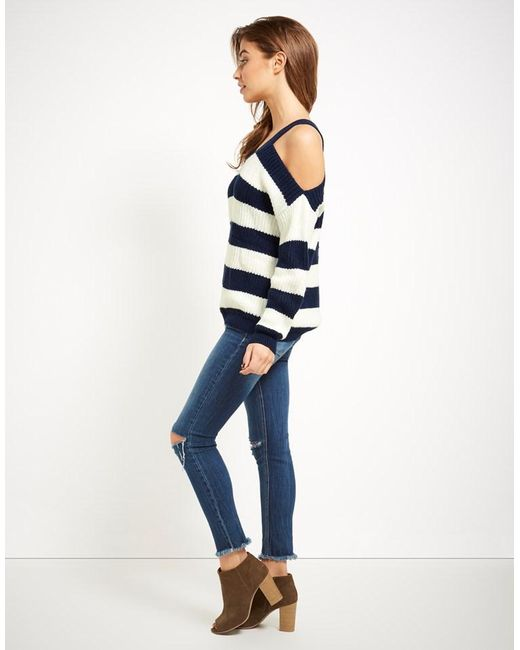 Vero Moda Knitting Patterns : Vero moda stripe knitted jumper in blue lyst