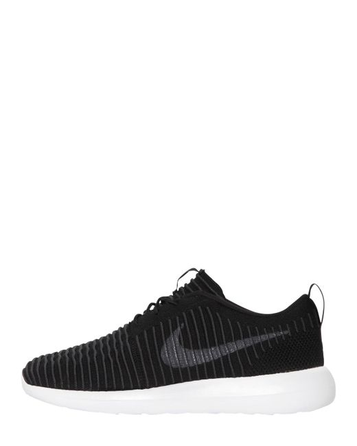 Nike | Black Roshe Two Flyknit Sneakers for Men | Lyst