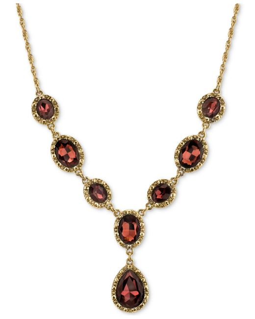 2028 - Metallic Gold-tone Burgundy Crystal Lariat Necklace - Lyst