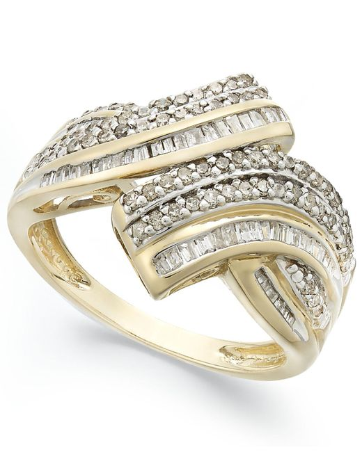 Wrapped in Love - White Diamond Twist Ring In 10k Gold (1 Ct. T.w.) - Lyst