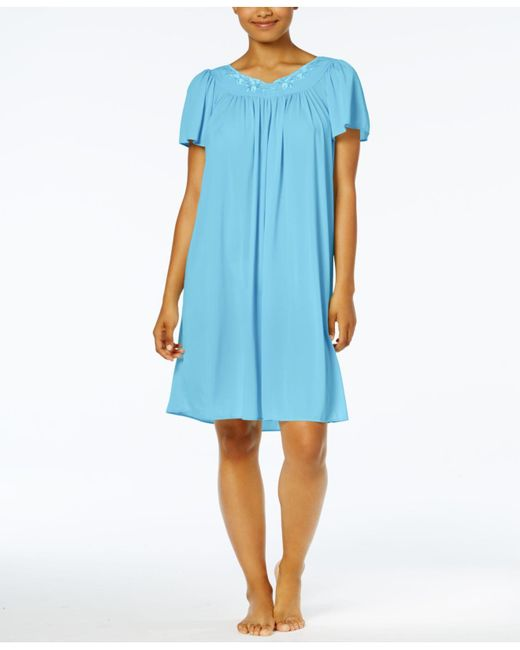 Miss Elaine Blue Short-sleeve Embroidered Nightgown