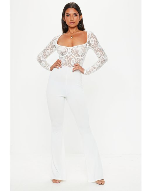 031281402aaa Missguided White Lace Cupped Jumpsuit in White - Lyst