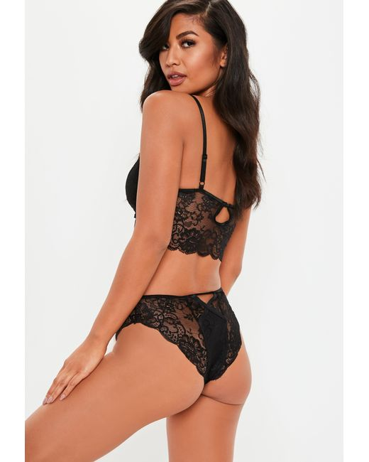 d6ccf76977 ... Missguided - Black Lace Underwired Bra And Knicker Set - Lyst ...