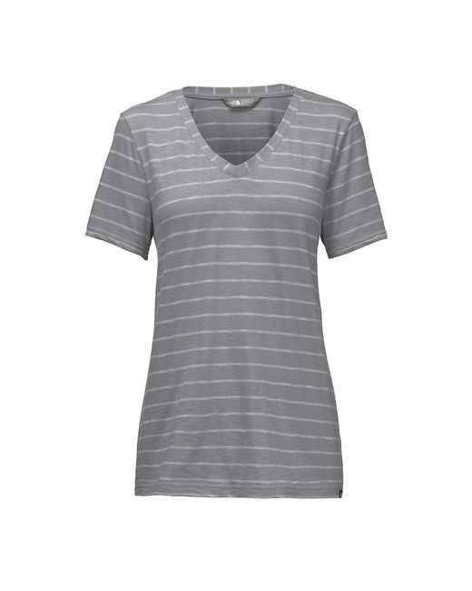The North Face - Black Sand Scape V-neck Ss Tee - Lyst