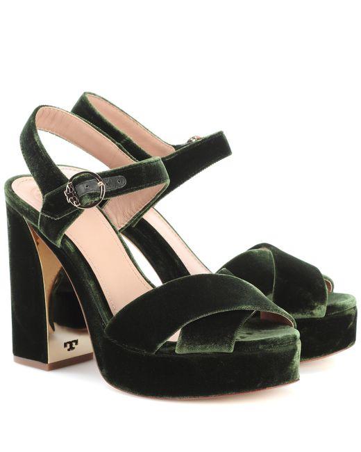 Tory Burch - Green Loretta 115 Velvet Plateau Sandals - Lyst