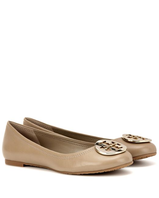Tory Burch | Brown Reva Leather Ballet Flats | Lyst