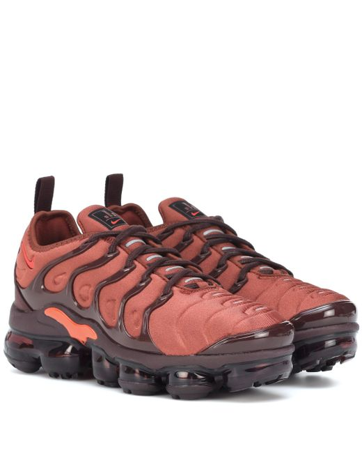 official photos another chance official images Damen Sneakers Air VaporMax Plus in orange