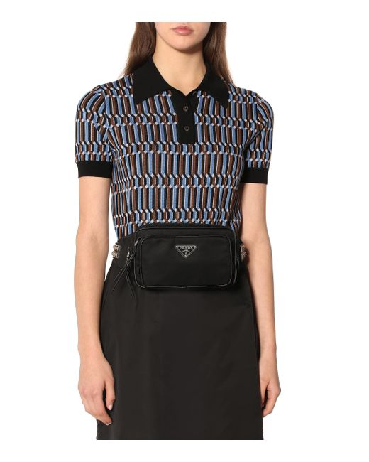 56fd122cc5ff Lyst - Sac ceinture en nylon à finitions en cuir Prada en coloris Noir