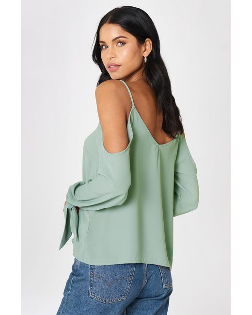 a97916fe6c225e NA-KD Cold Shoulder Knot Sleeve Top Duck Green in Green - Save 38 ...