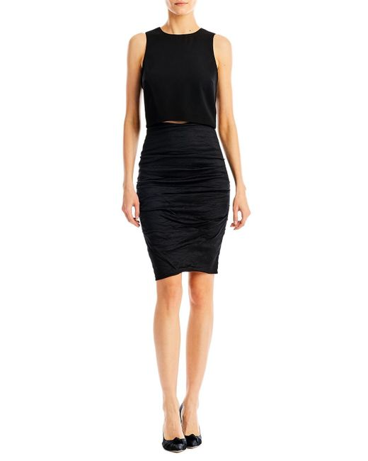 Nicole Miller | Black Poppy Crepe Crop Top | Lyst