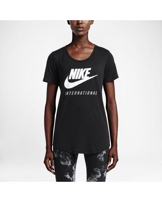 Nike International Women 39 S Boyfriend T Shirt In Black Lyst