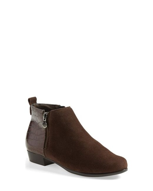 Munro | Brown 'Lexi' Boot | Lyst