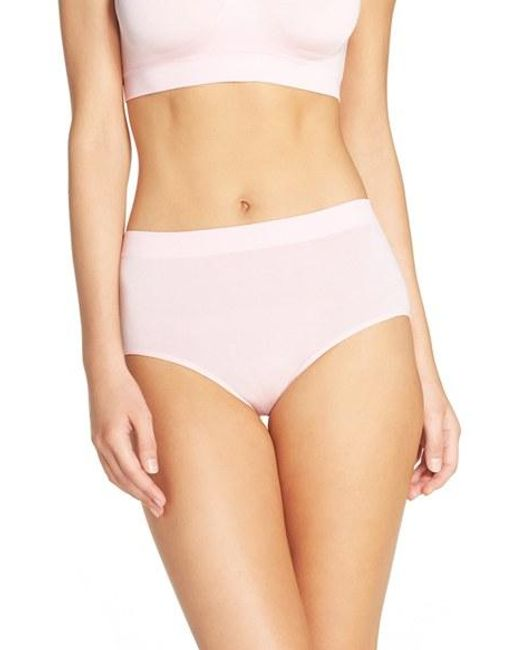 Wacoal | White B Smooth Panty | Lyst