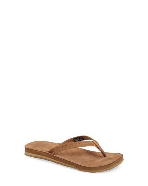 Ugg | Brown Ugg 'kayla' Thong Sandal | Lyst