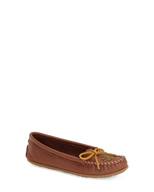 Minnetonka | Brown Beaded Deerskin Moccasins | Lyst