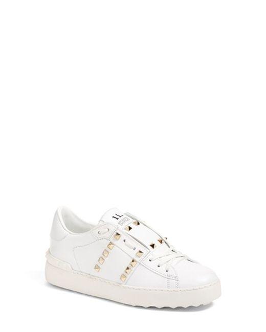 45c8de8a8c35 VALENTINO Nylon Rockstud Snow Boots S 35-37 White 105015. Valentino Rockstud  Untitled White Leather Sneaker in White