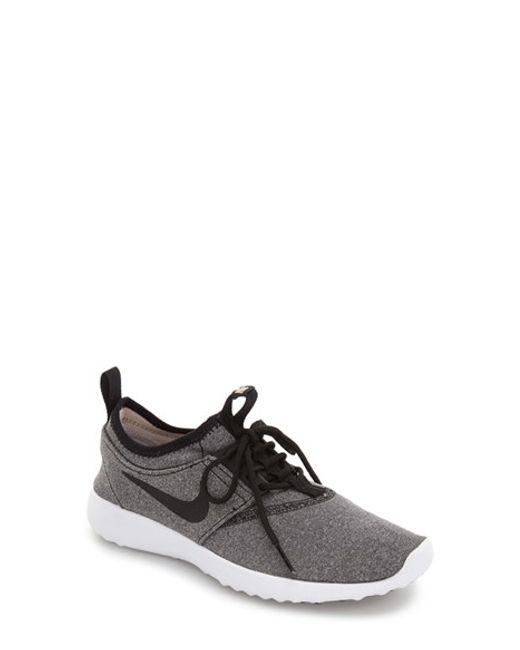 Nike | Black Roshe Two Flyknit Sneakers for Men | Lyst