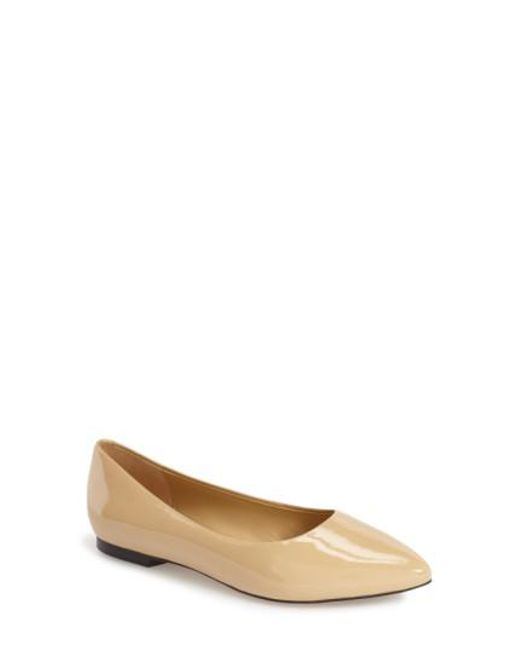 Trotters - Natural Estee Pointed Toe Flat - Lyst