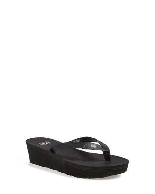 Ugg | Black Ugg 'ruby' Wedge Thong Sandal | Lyst