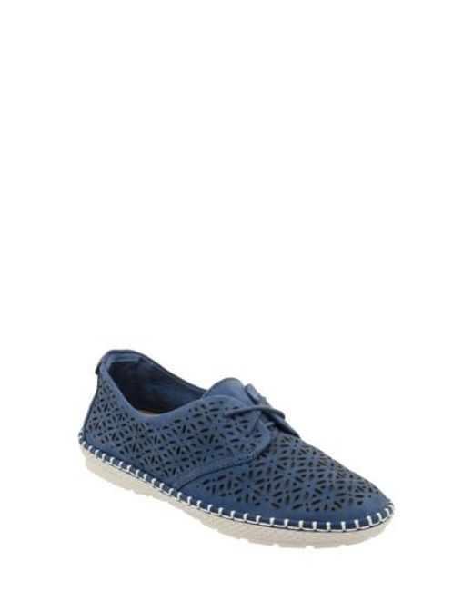 Earth | Blue Earth Pax Sneaker | Lyst
